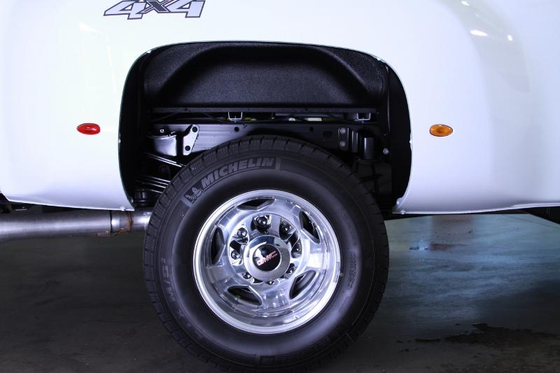 4-wheel-well-liner